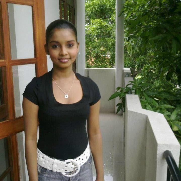 Sri Lankan Wal Kello, Actress, Aunty,..