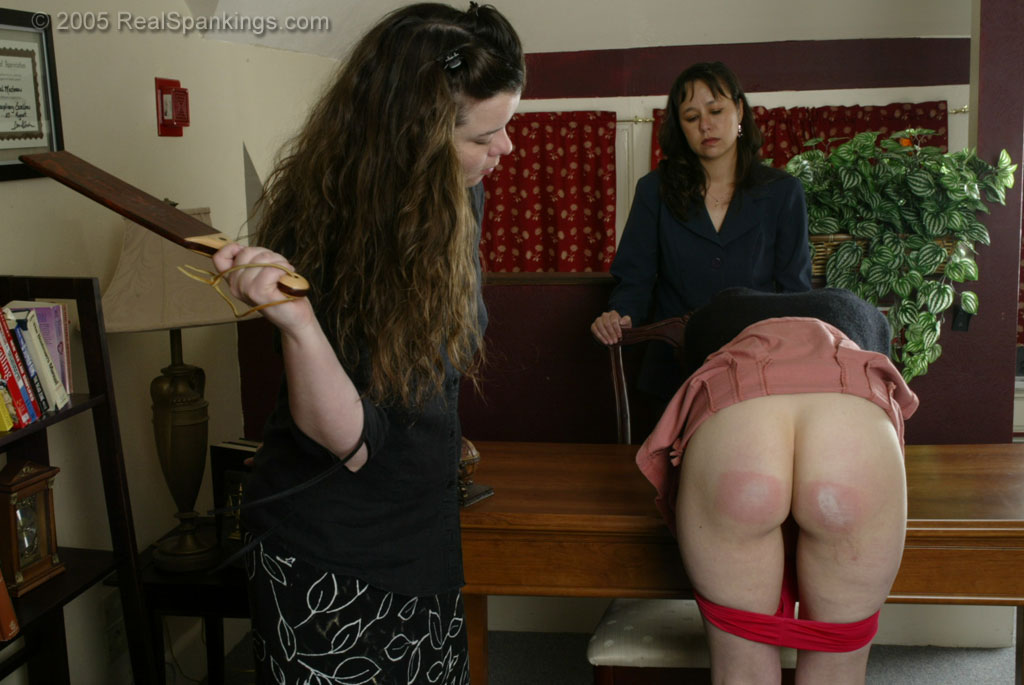 Real spankings: Sensational slapping..