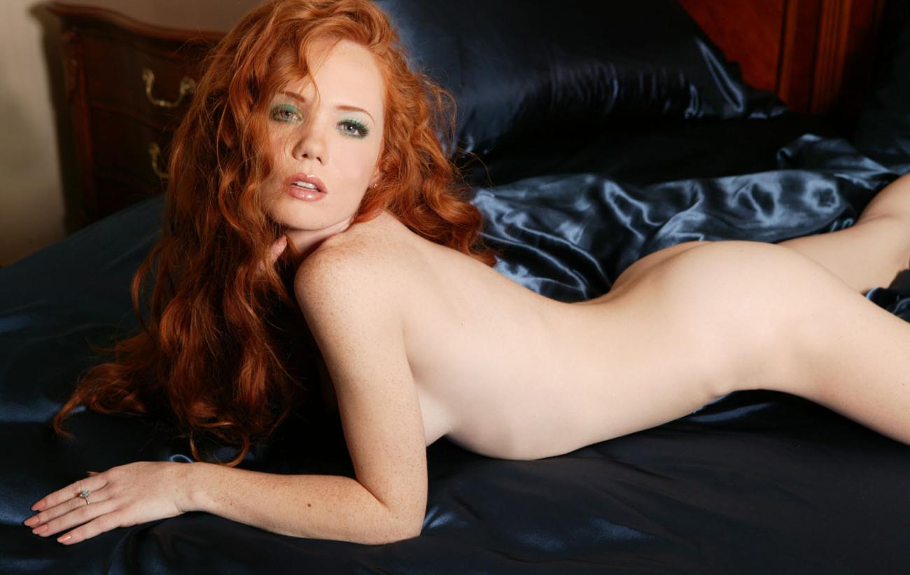 Redheads nude animal Glide Flash..