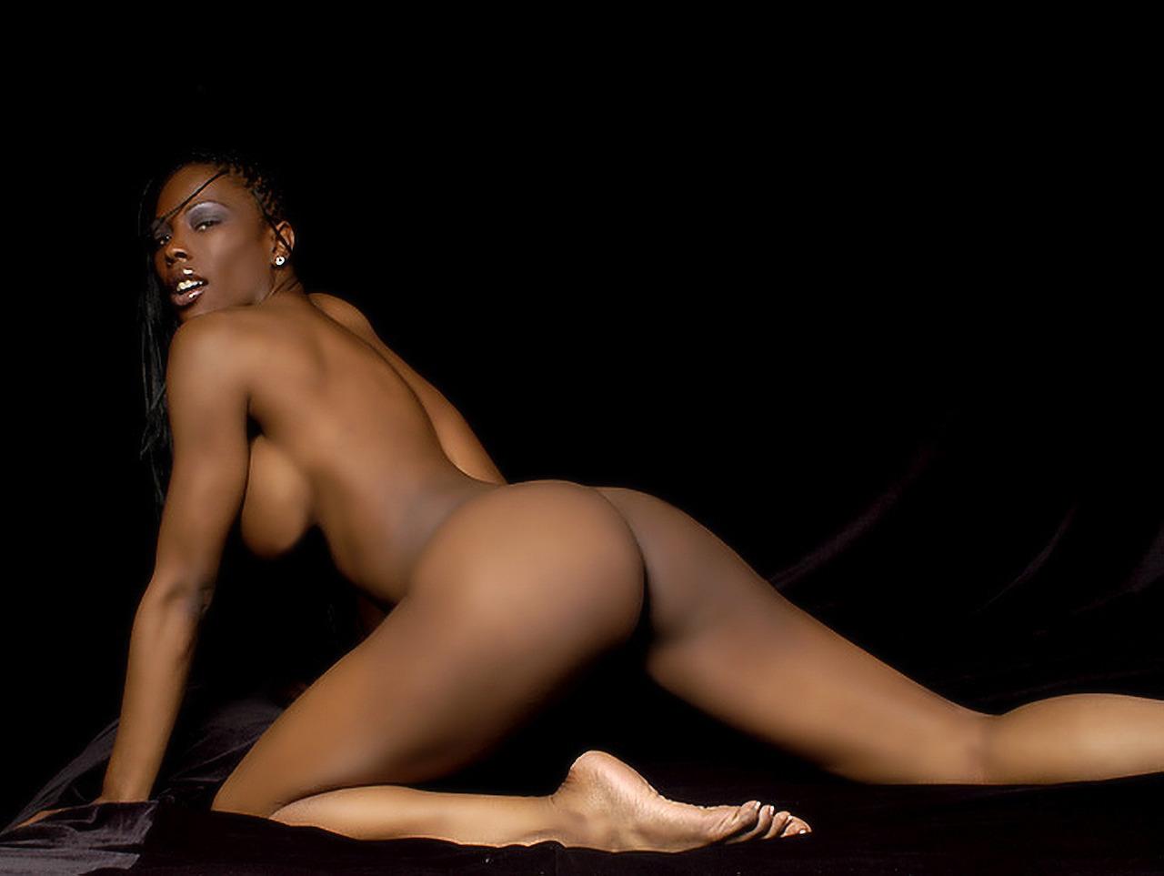 Nude dark-hued sport models - Porn pic