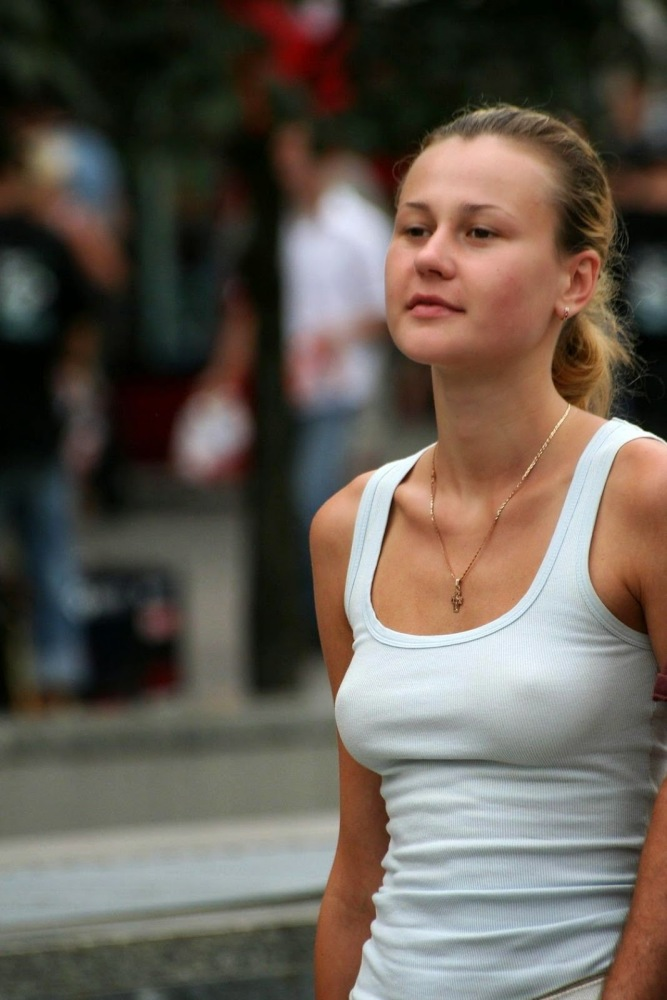 6 candid stunners in the street The..